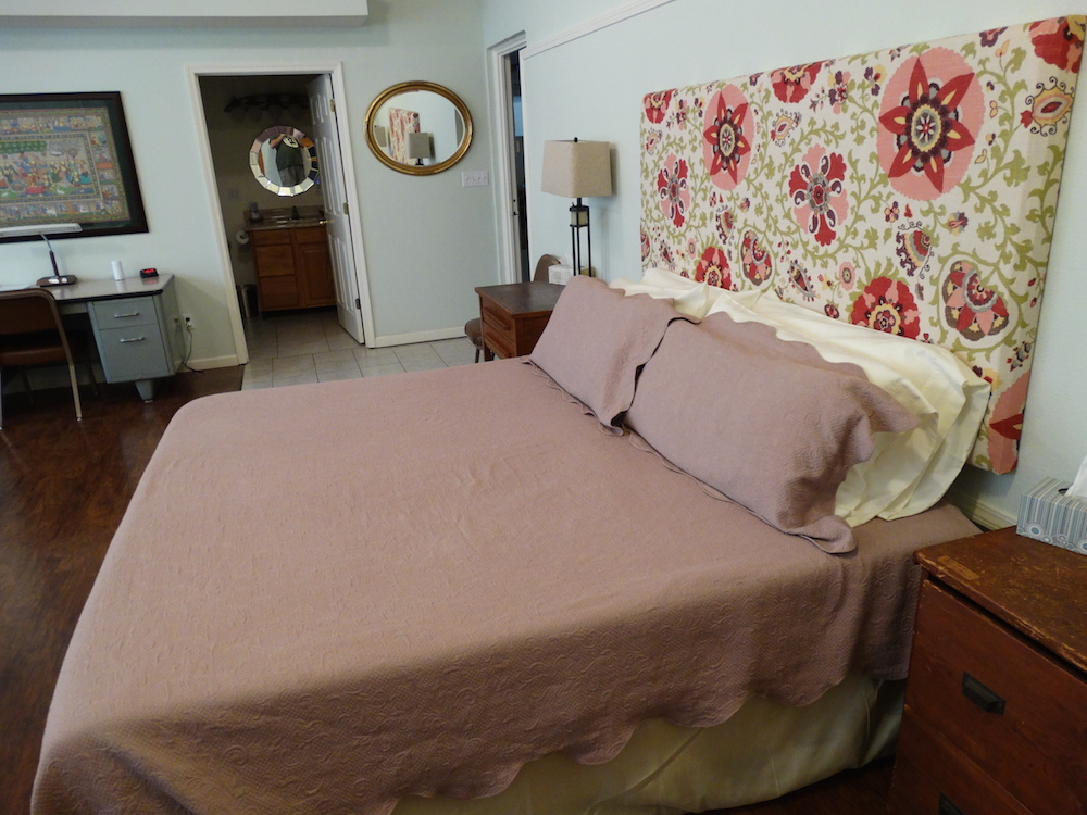 Pink Suite King Bed